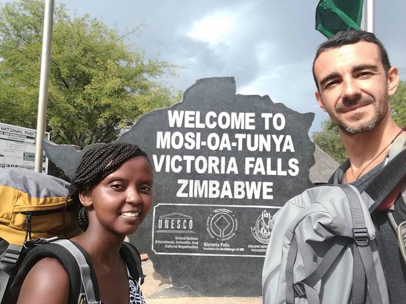 Mosi-oa-Tunya,-The-Victoria-Falls-in-Victoria-Falls,-Zimbabwe