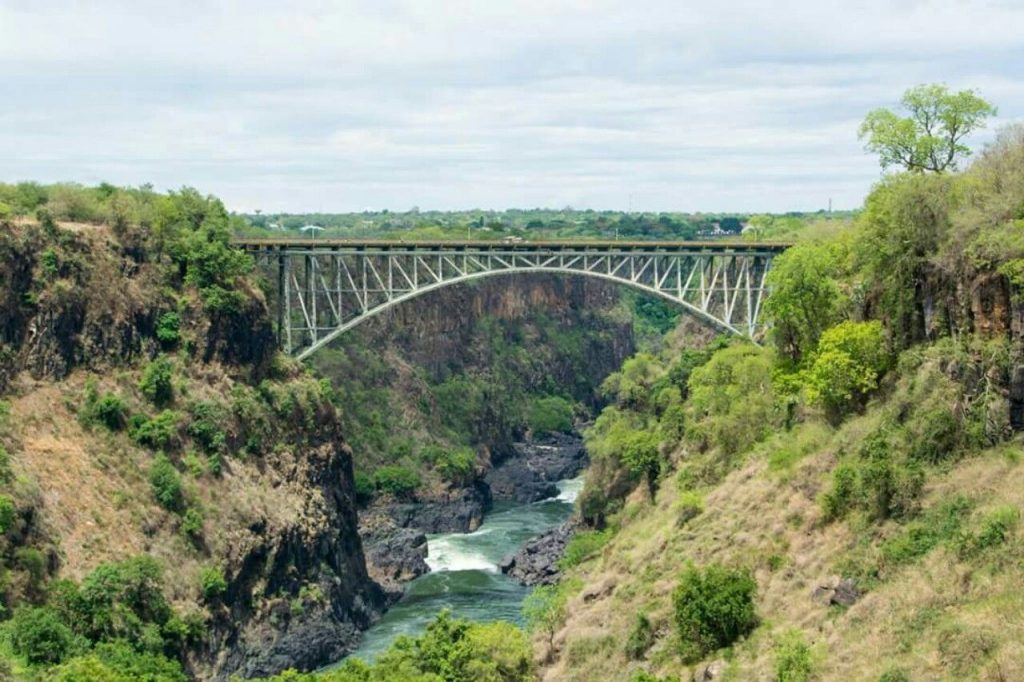 Bridge found between Zambia and Zimbabwe