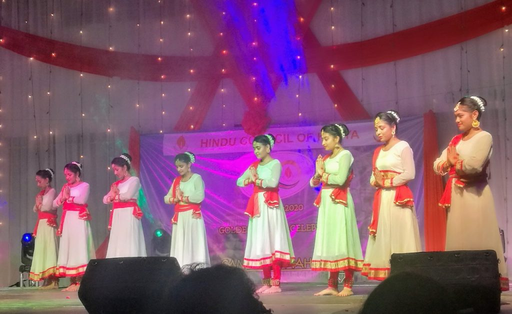 Indian girls dressed traditionally